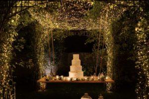 wedding-cake-gazebo-illuminato-la-corte-del-conte