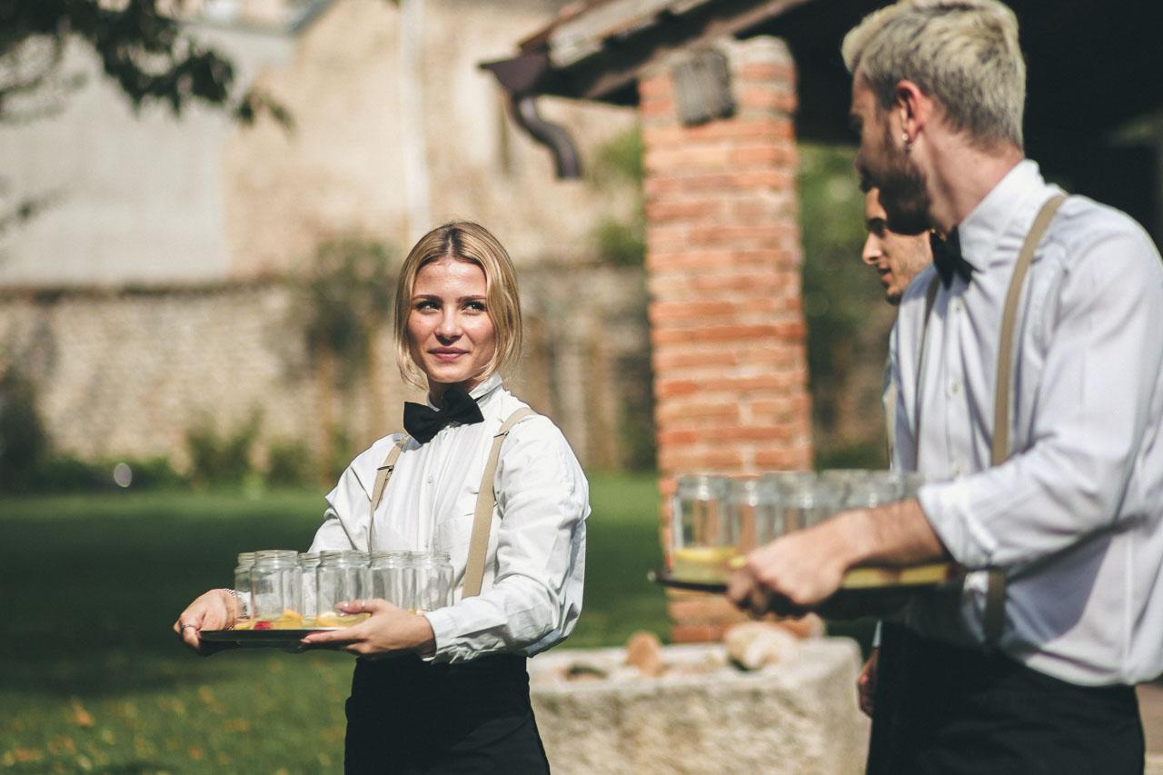 camerieri-drink-benvenuto-la-corte-del-conte